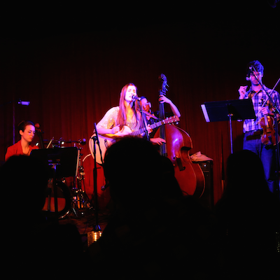 Auni - The_Hotel_Cafe_Los_Angeles.png